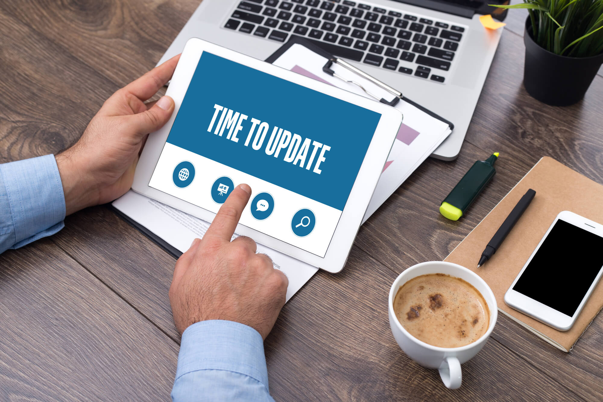 7 REASONS WHY YOU SHOULD UPDATE YOUR WEBSITE